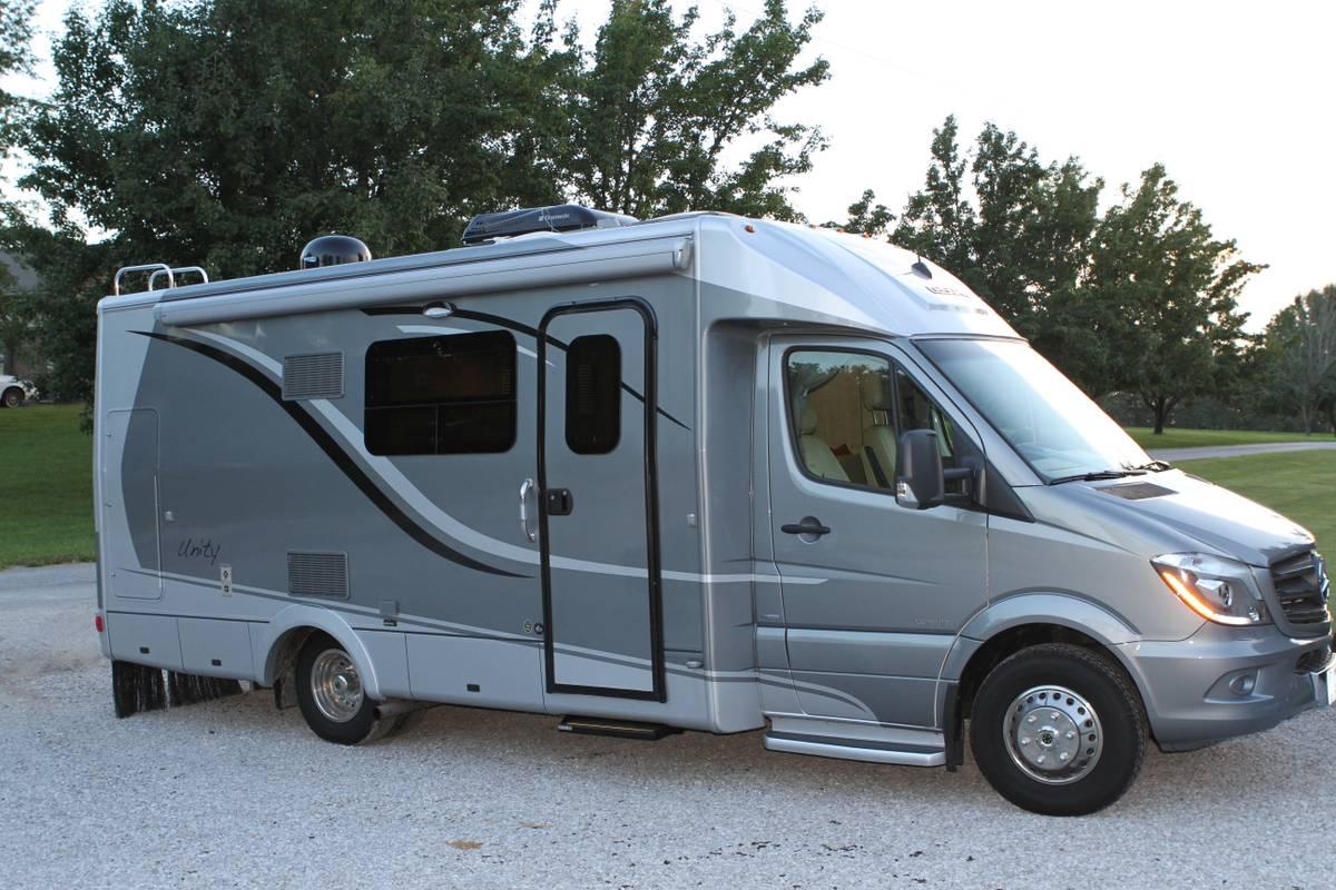 2014 leisure travel van mercedes sprinter camper for sale in belleville il. Black Bedroom Furniture Sets. Home Design Ideas